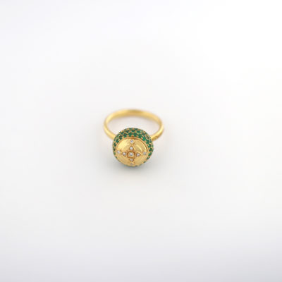 HC Ring Emerald Yellow gold