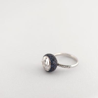 HC Ring Blue Sapphire white gold